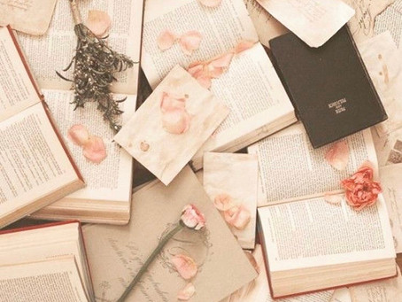Reading is great for mental wellbeing! Here's 5 reasons why.