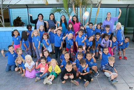 Todos-niños-y-maestras-f1-1024x683.jpg