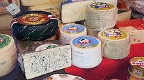 La mejor y mas variada selección de quesos nacionales e internacionales