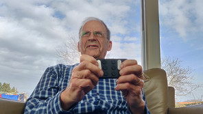 Blind optimist Wiel sharing his inspiring Story