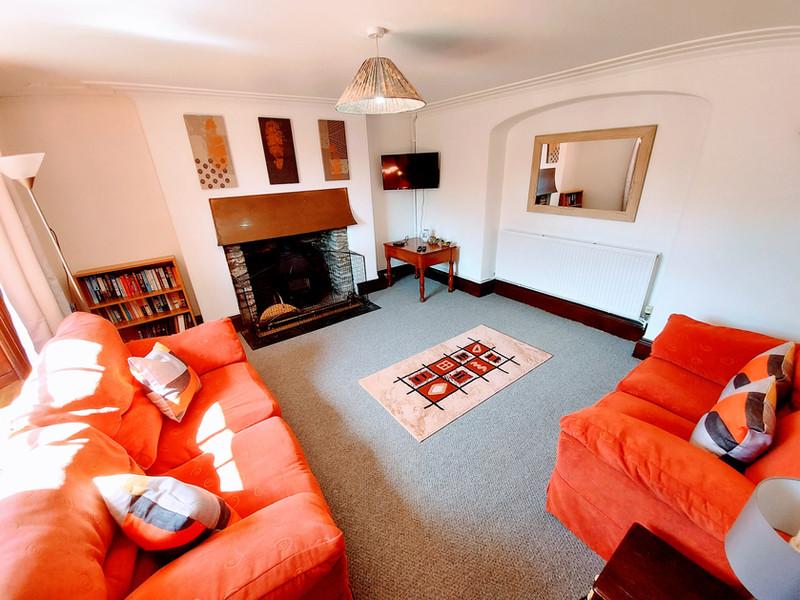 Farm Cottage - Lounge