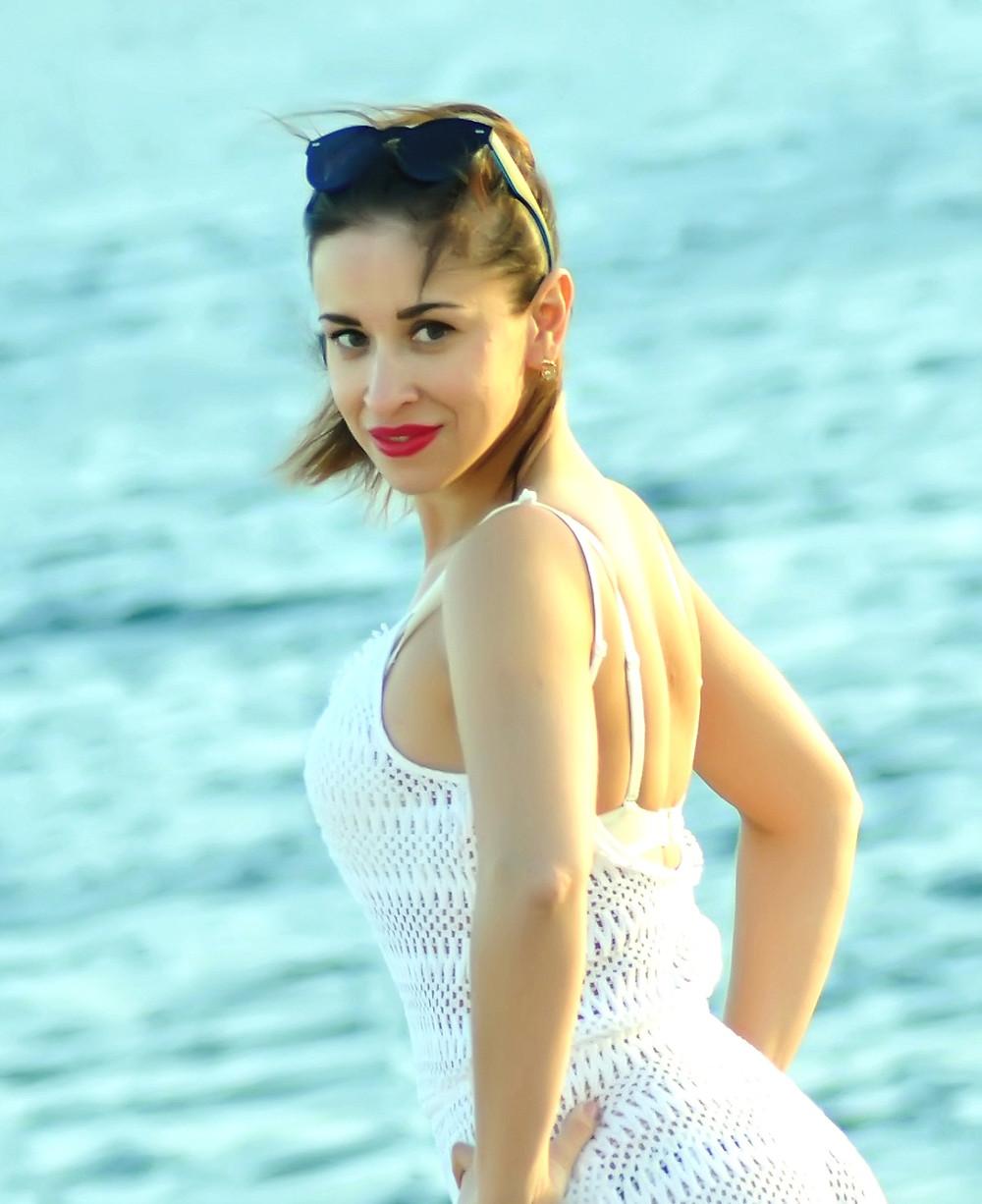 Matchmaking agency Princess date, beautiful blond blue eyes Russian girl beautiful girl Russian dating agency