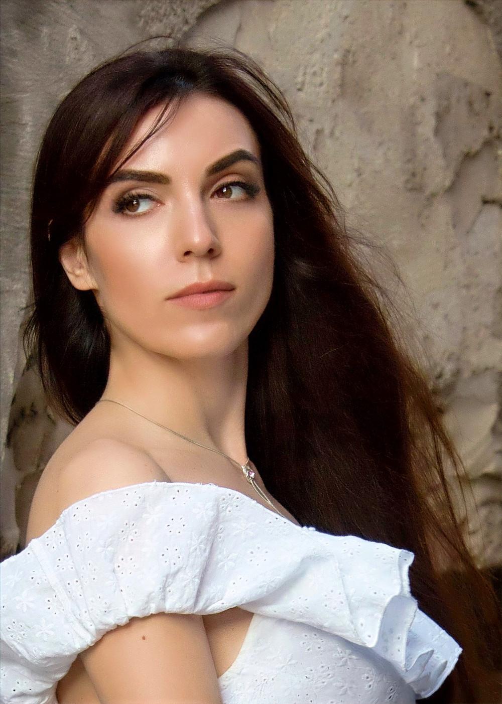 Matchmaking agency Princess date, beautiful brunette Russian girl beautiful girl Russian dating agency