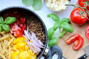 vegan-pasta-with-veggie-ground-round-and