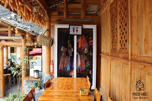 Ethnic costume rental (Thuê trang phục dân tộc)