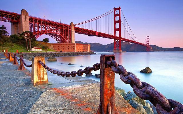 Beautiful_Long_Golden_Gate_Bridge_in_California_USA_HD_Wallpaper_Background.jpg