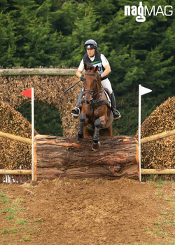 Pippa Funnell on BILLY WALK ON (160).