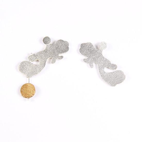 Cascade circle earrings