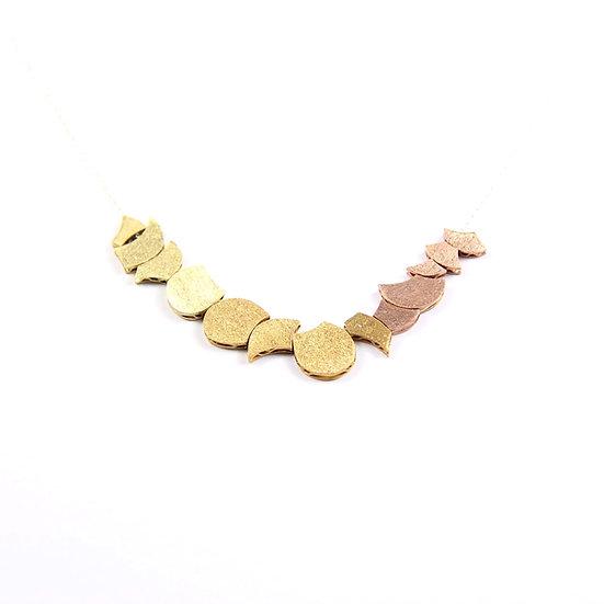 Chrysantemum necklace