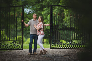 The Mercer House Estate Winery is a small vineyard in Lexington that makes hand-crafted wines and is perfect for intimate and small ceremonies and receptions in a beautiful, rustic setting.  Offering custom-labeled wine for your wedding, beautiful outdoor scenes for a ceremony, and a charming tasting room perfect for small receptions.