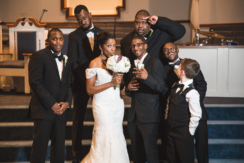 Silly shot of the groomsmen