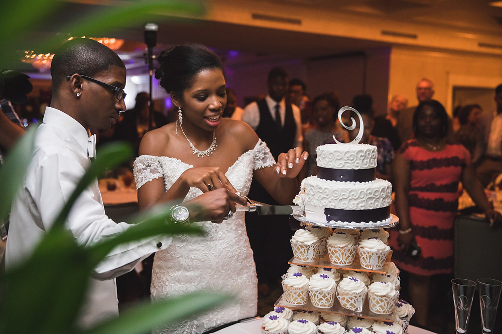 Cutting the cake in the Capital City Club