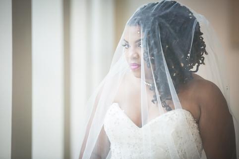 Columbia Museum of Art bridal portrait