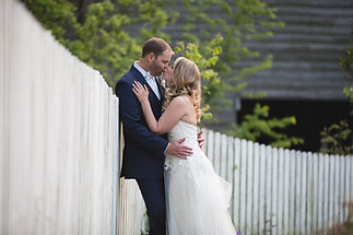 The Corley Mill House is one of Lexington's most iconic wedding venues.  It offers a large, historic house featuring fantastic bridal and groom suites, an attached indoor reception space that is beautiful, and a garden oasis for outdoor ceremonies!  It's easy to see why this venue is so popular, and offers everything for the wedding of your dreams!