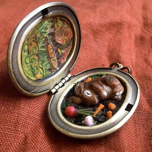 MTO Locket Terrarium Miniature