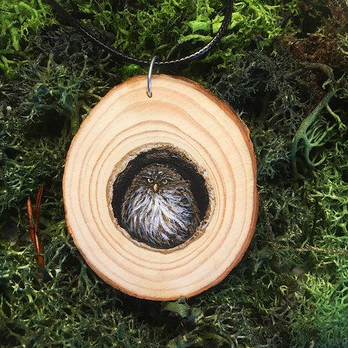 Pendant Owl on wood