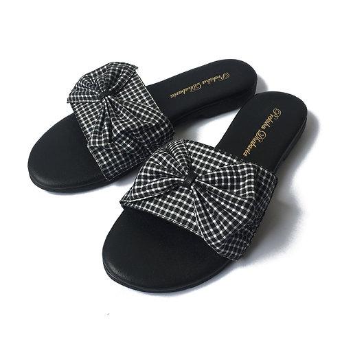 Black checkered sliders