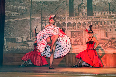 Spectacle French Cancan