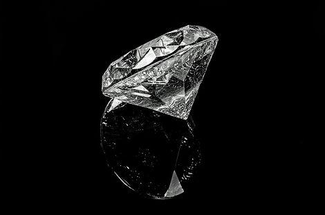diamond-316610_640.jpg