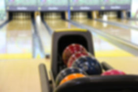 bowling-237905_1920-min.jpg