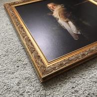портрет в деревянной раме