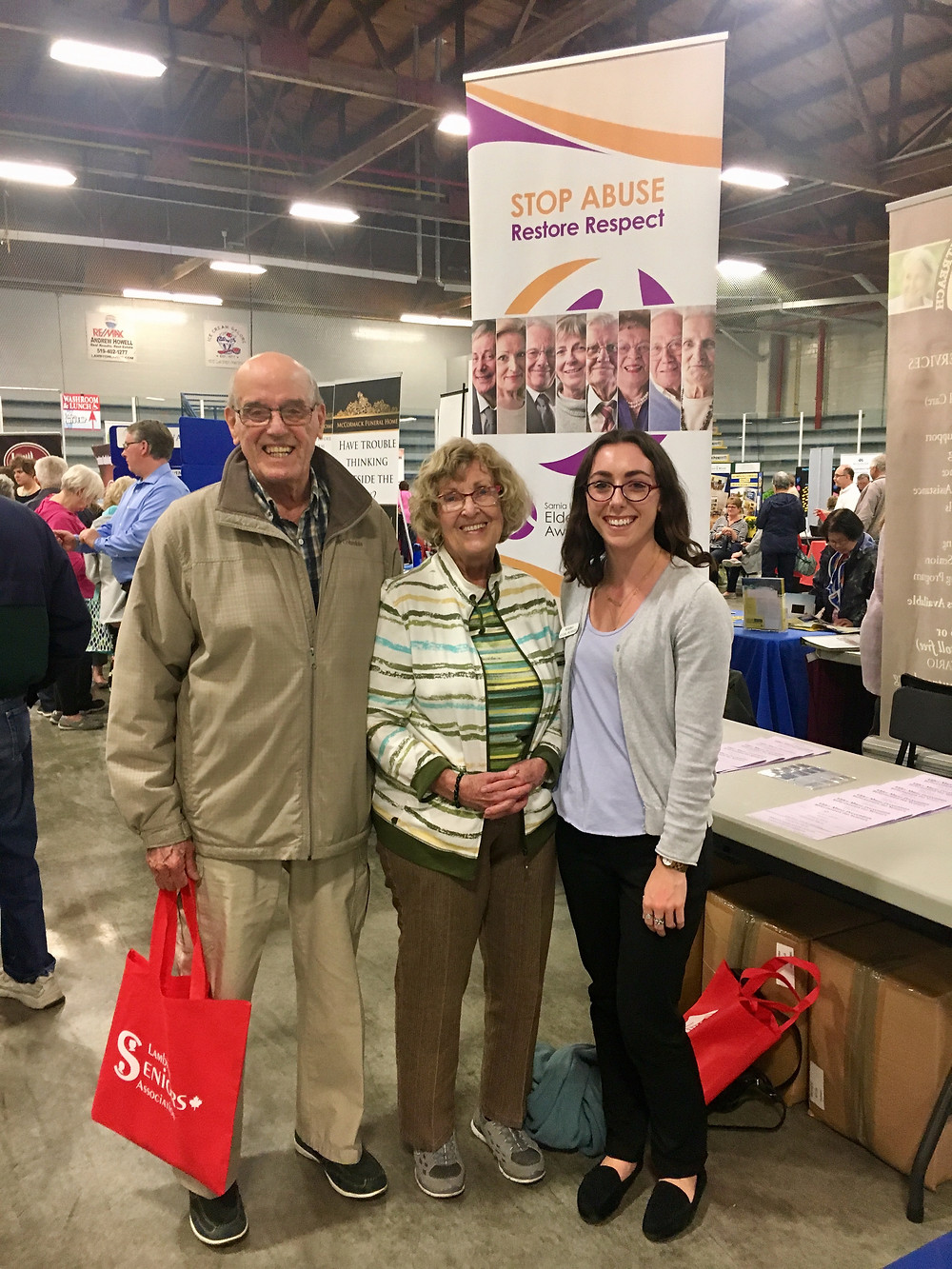 May 2017  Larry and Jeanne Grimes stopped by our booth to say hi