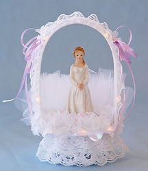 Lace Draped Archway Sweet 16 - 15 Quince