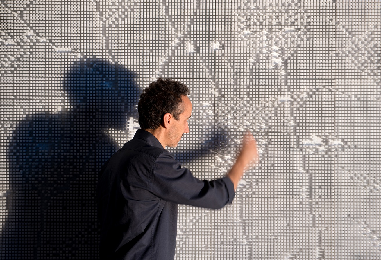 Pixel Wall - Paolo Ulian