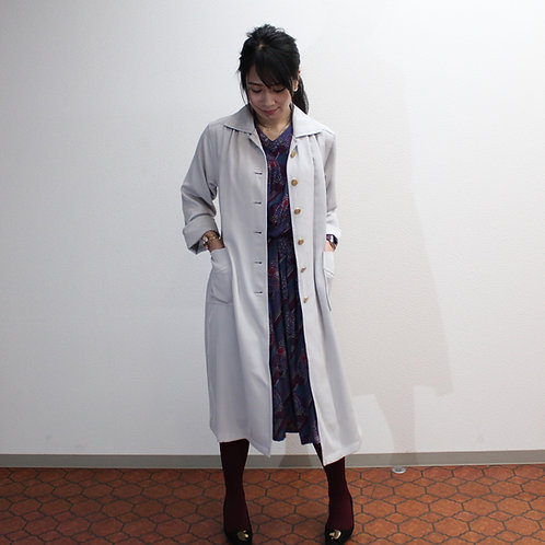 Retro silver gray color light spring coatレトロなシルバーグレーのスプリングコートコート