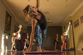 Yoga Integral - Romina.jpg