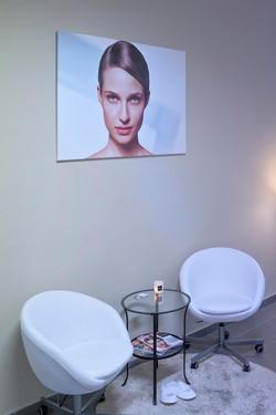 Kosmetika_salon_esthederm_web_2.jpg