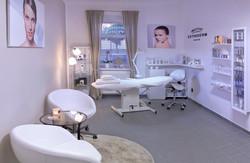 Kosmetika_salon_esthederm_web_1.jpg