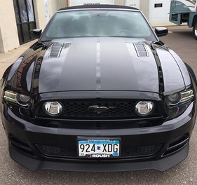 Cut Vinyl Racing Stripes on Mustang