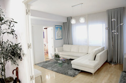 waiting-room-white-couch