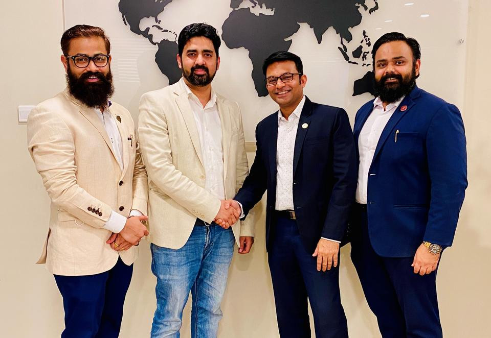 L-R (Dr.Nilesh Patil - MediSponsor Co-Founder, Mr.Varis Sayed – Fincasa Founder CEO, Mr.Rahul Pawar - MediSponsor Founder & CEO and Dr.Roshan Patil - MediSponsor Co-Founder