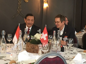 SSP's Dr Lustenberger welcomes HE General Luhut of Indonesia at WEF 2018 in Davos