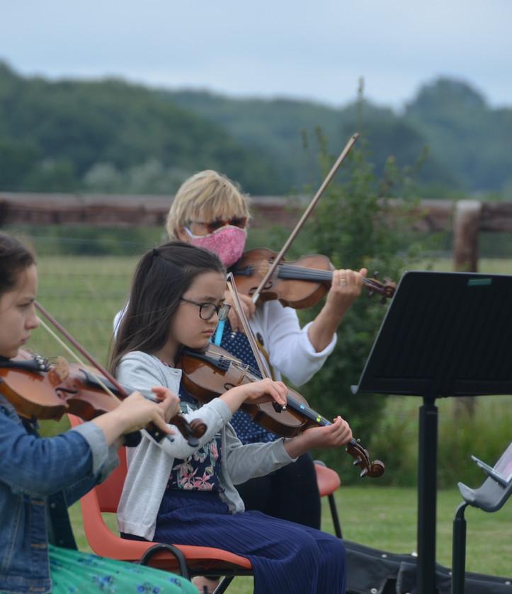 Glyn's field Junior Orchestra 6.jpg