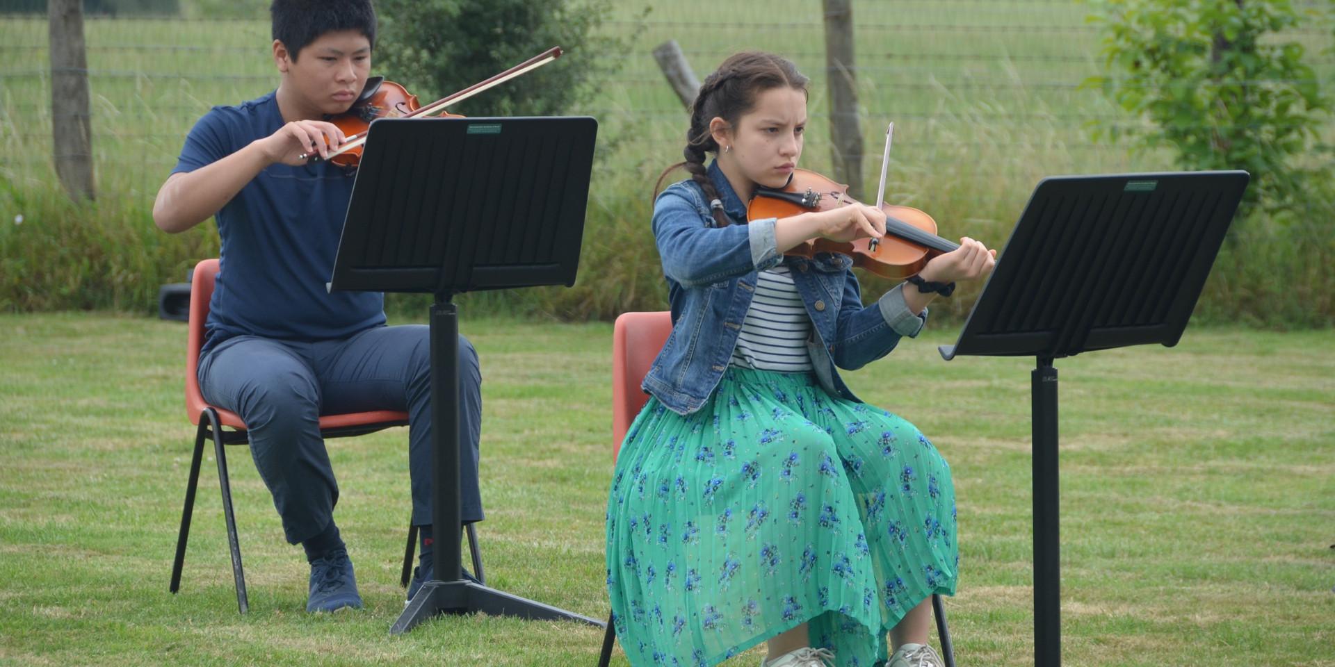 Glyn's field Junior Orchestra1.jpg