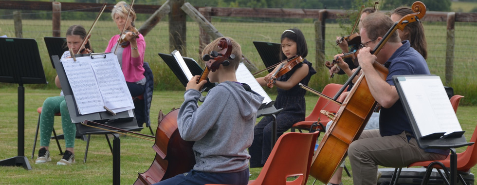 Glyn's field Junior Orchestra 2.jpg