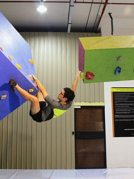 Floating_suspension wall.jpg