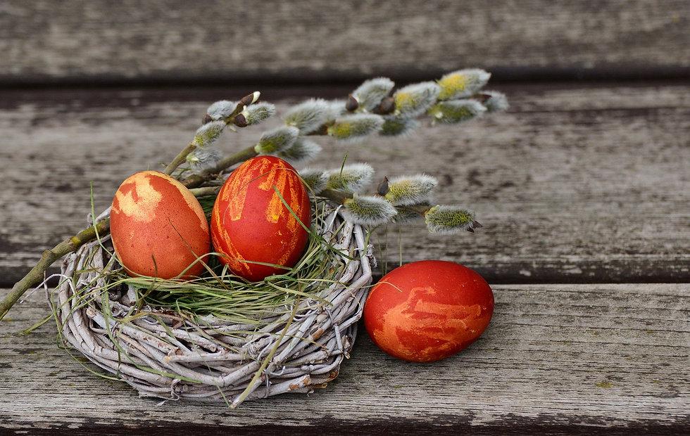 easter-eggs-2145667_1920.jpg