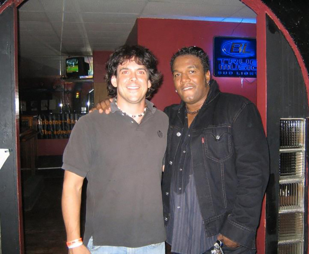 Opening for Jeffrey Gaines