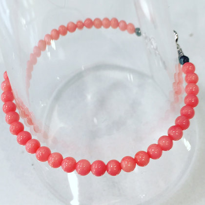 BRACELET CORAIL BLANC TEINTE / WHITE CORAL TINTED 4MM