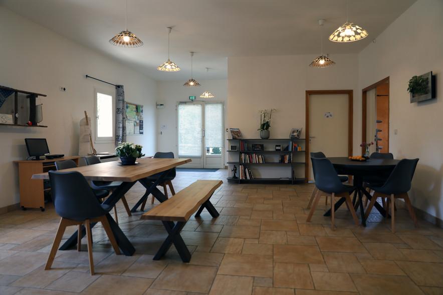 Les figuiers lauzerte tarn et garonne caussade montauban studio mune fanny lamolinairie chemin de compostelle auberge restaurant
