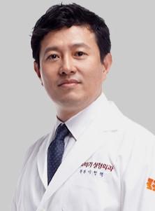 DR. ลีฮยอนแท็ก
