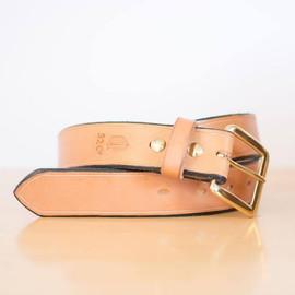 Q32 Leather