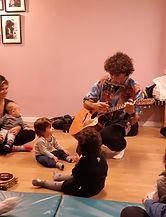 נדב יופיטר מדריך לגיל הרך מפגשים מוזיקליים