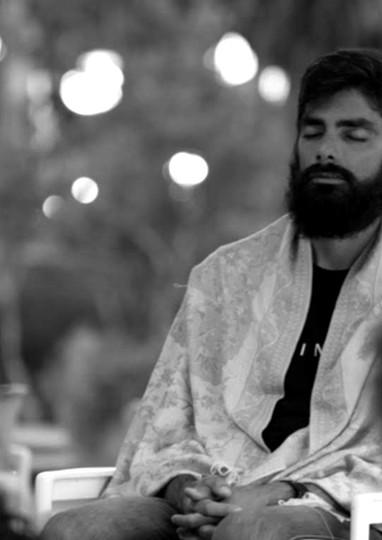 Em meditação - Encontro com Satyaprem