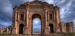 Jerash-Hadrian's-Arch.jpg