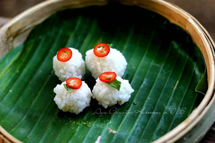Uyah Lengis Northern Balinese Rice Balls